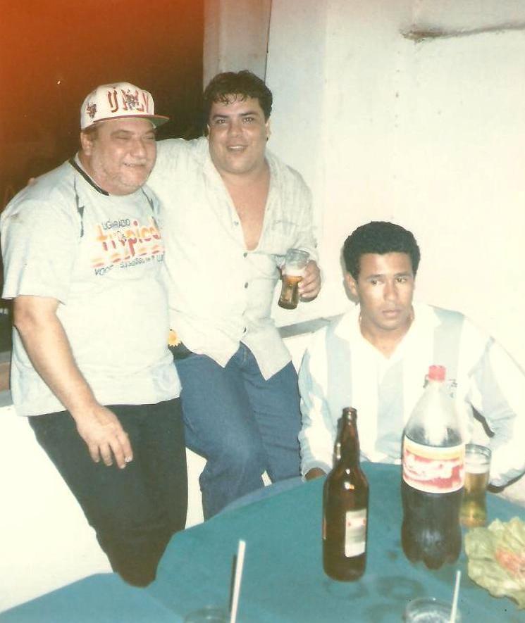 Olinto Miranda e amigos da Rádio Tropical - anos 90