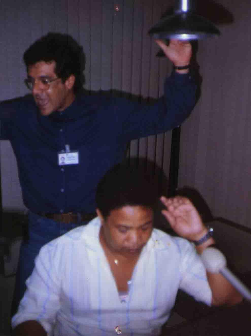 Zé Roberto Mignoni e Augusto Bolinha - Produção de áudio da Gazeta AM - 1994