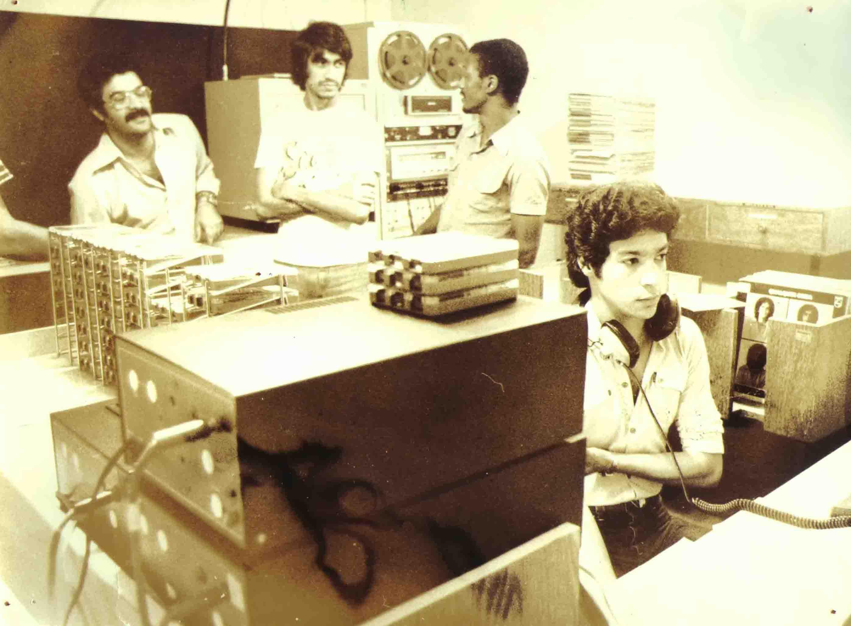 Guarnã Coutinho, ?, Helinho, Coelho e Zé Roberto - A Turma da 99, Rádio Tribuna FM - 1981